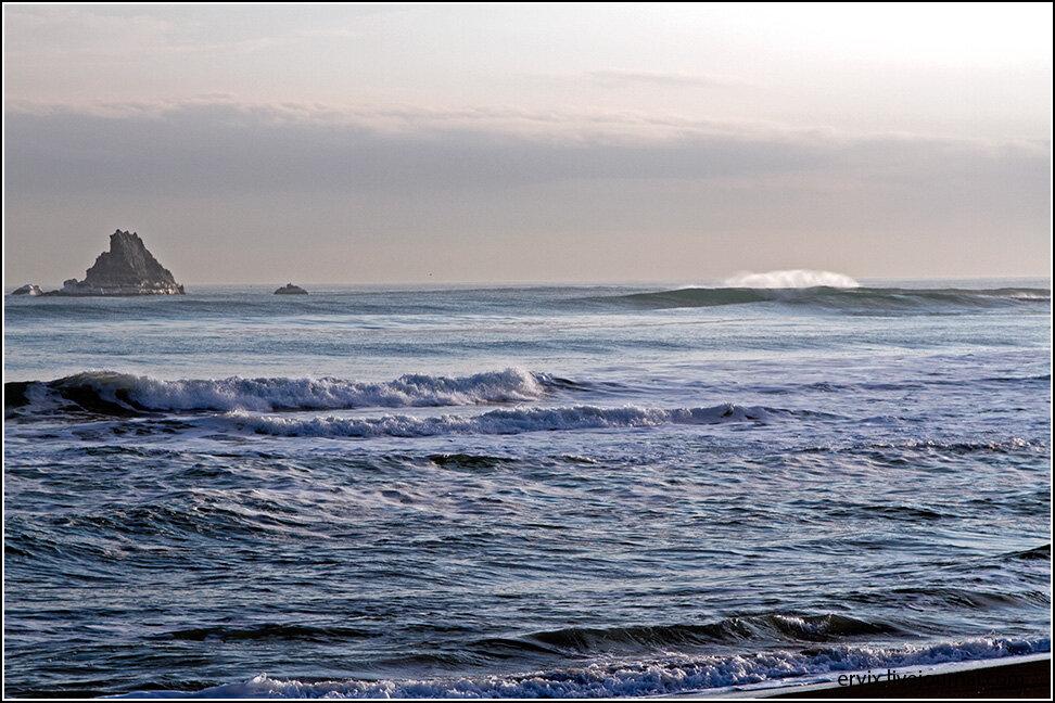 Тихий океан. Побережье Камчатки