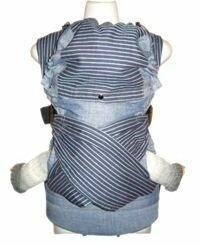 Фиксация спины ребенка в эргономичном рюкзаке Гуслёнок