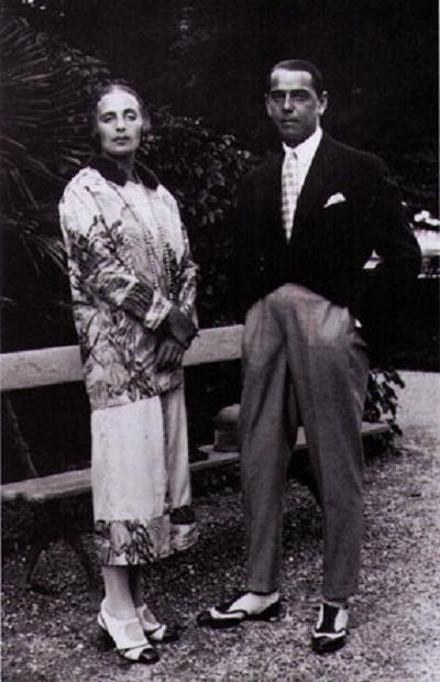 Тамара со своим первым мужем, Тадеуш де Lempicki. Париж, 1920.jpg