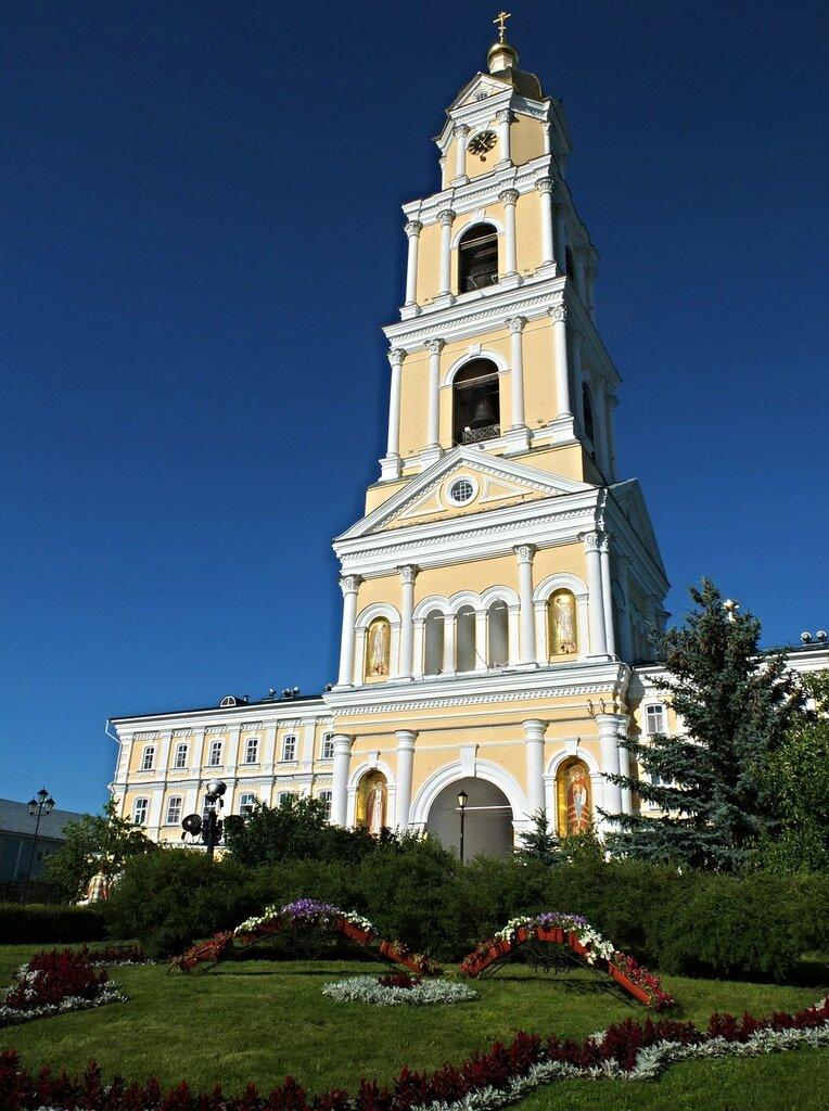 Свято-Троицкий Серафимо-Дивеевский монастырь.Колокольня.