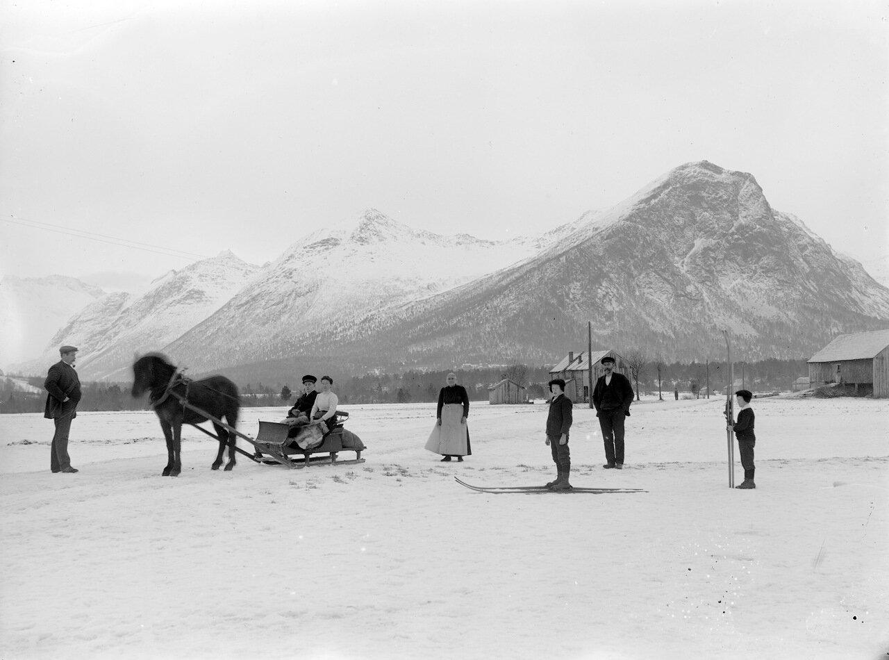 Зима в Гротта (Гриттен), Исфьорде. ок. 1890-1910