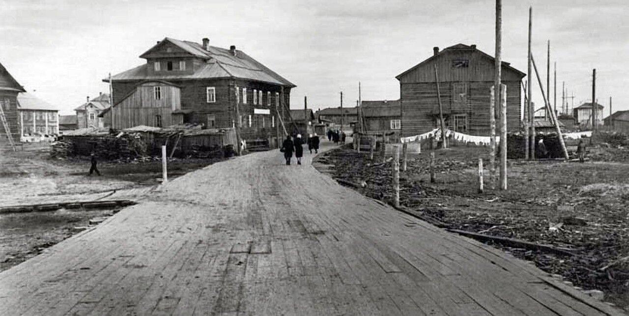 1955. Сельская улица. Село Индига, Ненецкий округ