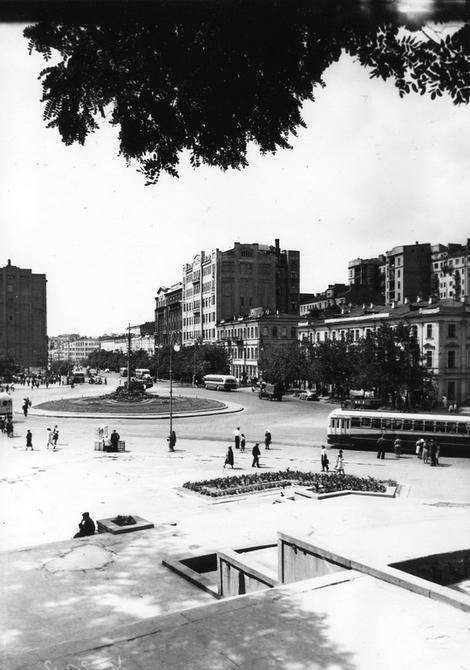 1950. Площадь Сталина (ныне Европейская площадь)
