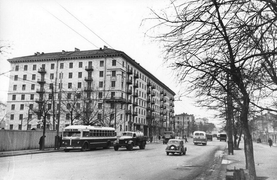 1956.12. Улица Красноармейская