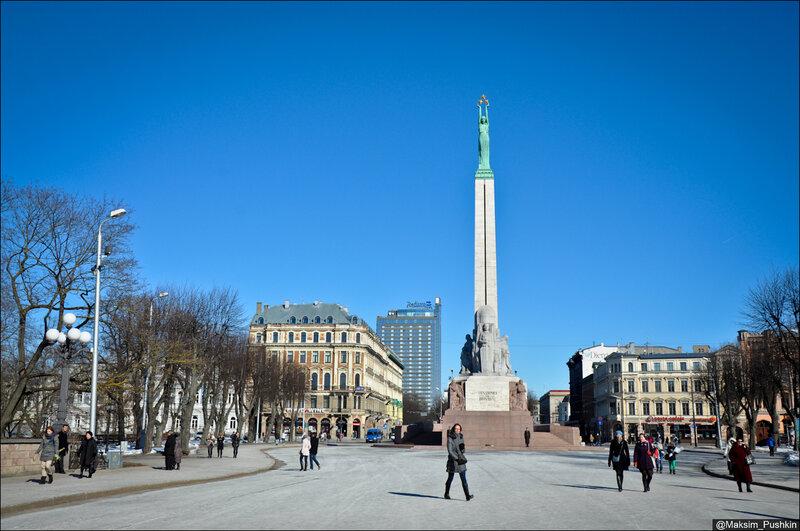 http://img-fotki.yandex.ru/get/5635/28804908.149/0_94a72_cdf9da42_XL.jpg