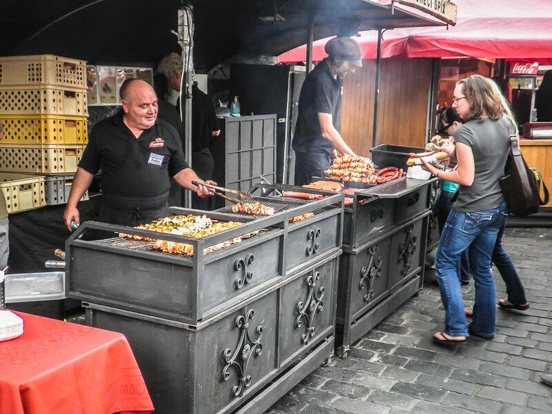 Колбаски и шашлыки