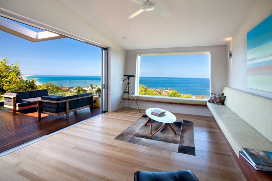 Семейный дом с видом на океан в Австралии