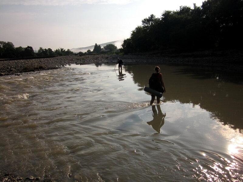 Утро на горной реке Адегой после наводнения в 2012-м