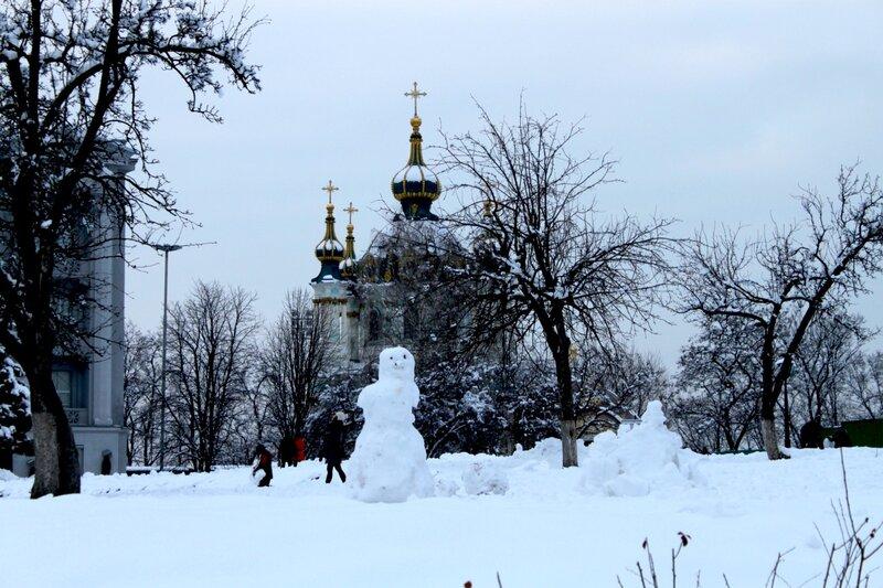 Снеговик на Старокиевской горе