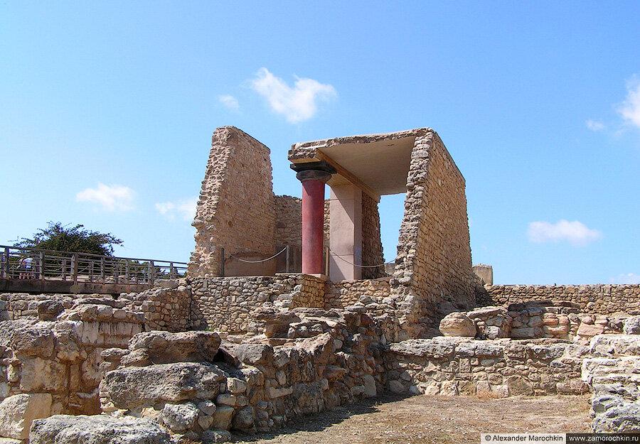 В Кносском дворце на о. Крит, Греция