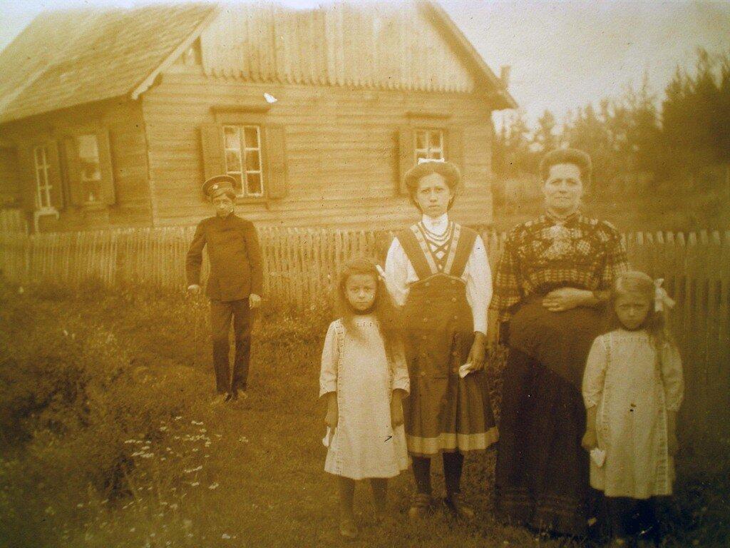 1911. Дача в Лигово