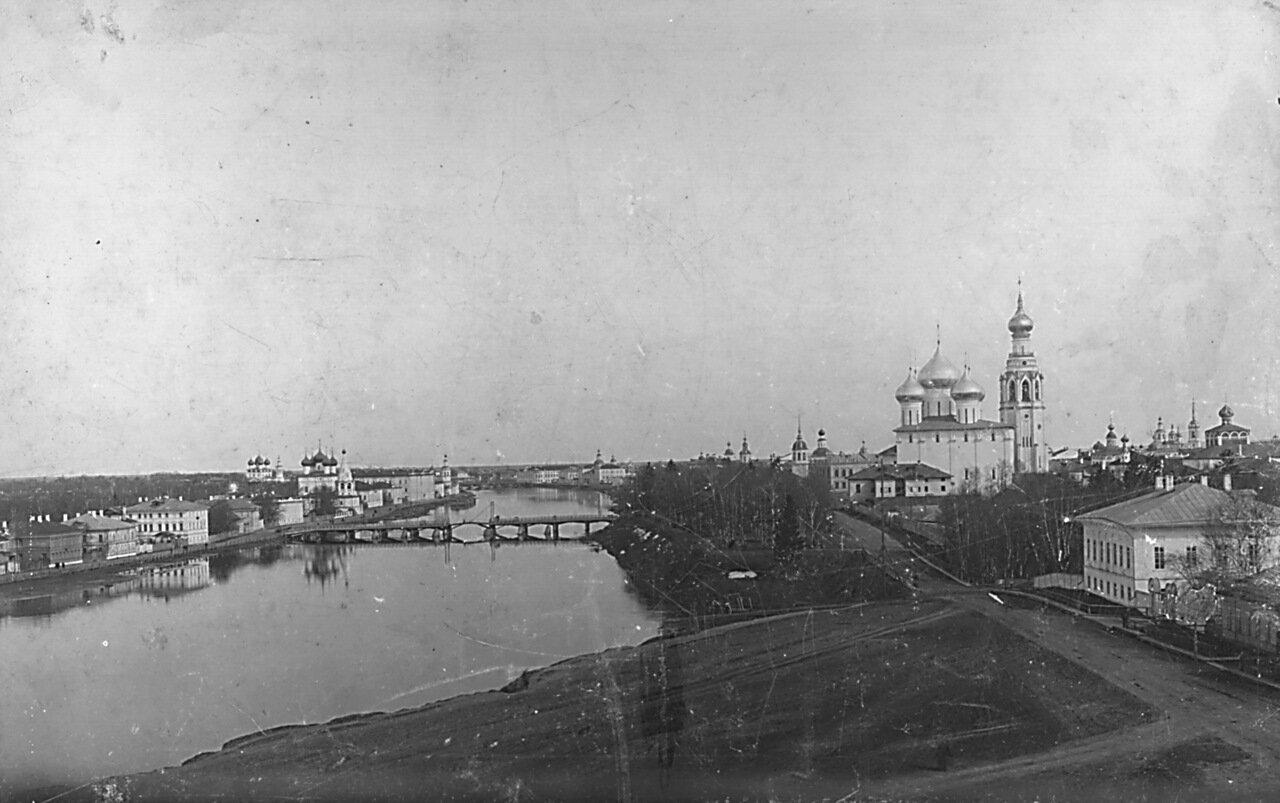 Панорама берегов у Софии.