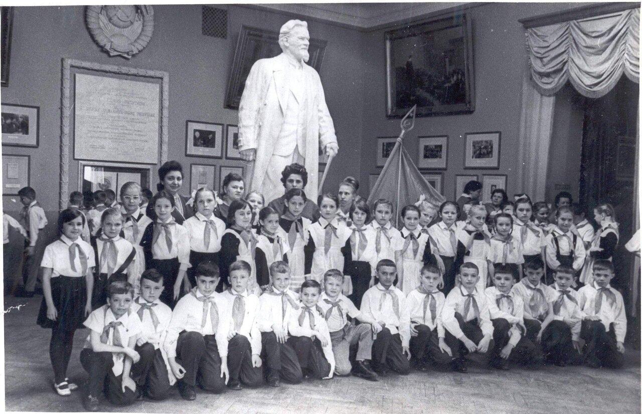 1965. Москва 3Б класс школы № 720 на Кутузовском