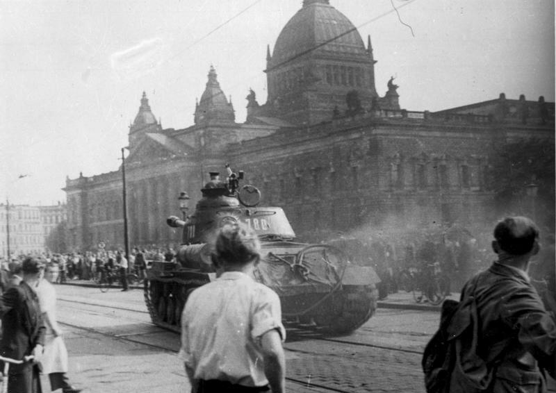 Советский танк в Лейпциге, 17 июня 1953 г.