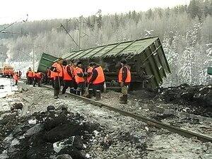 На Урале сошли с рельс несколько вагонов, нагруженных углем