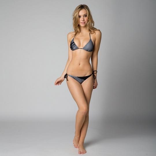 Красивые фотографии молодой модели Алексис Рен 0 1423b9 ddbc9145 orig