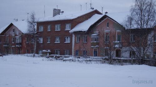 Фото города Инта №2770  Коммунистическая 10 и 9 31.01.2013_13:19