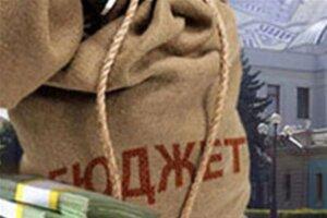 Владимир Миклушевский представил депутатам информацию о работе краевых властей