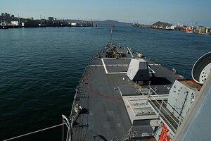 Военные моряки США прибыли во Владивосток