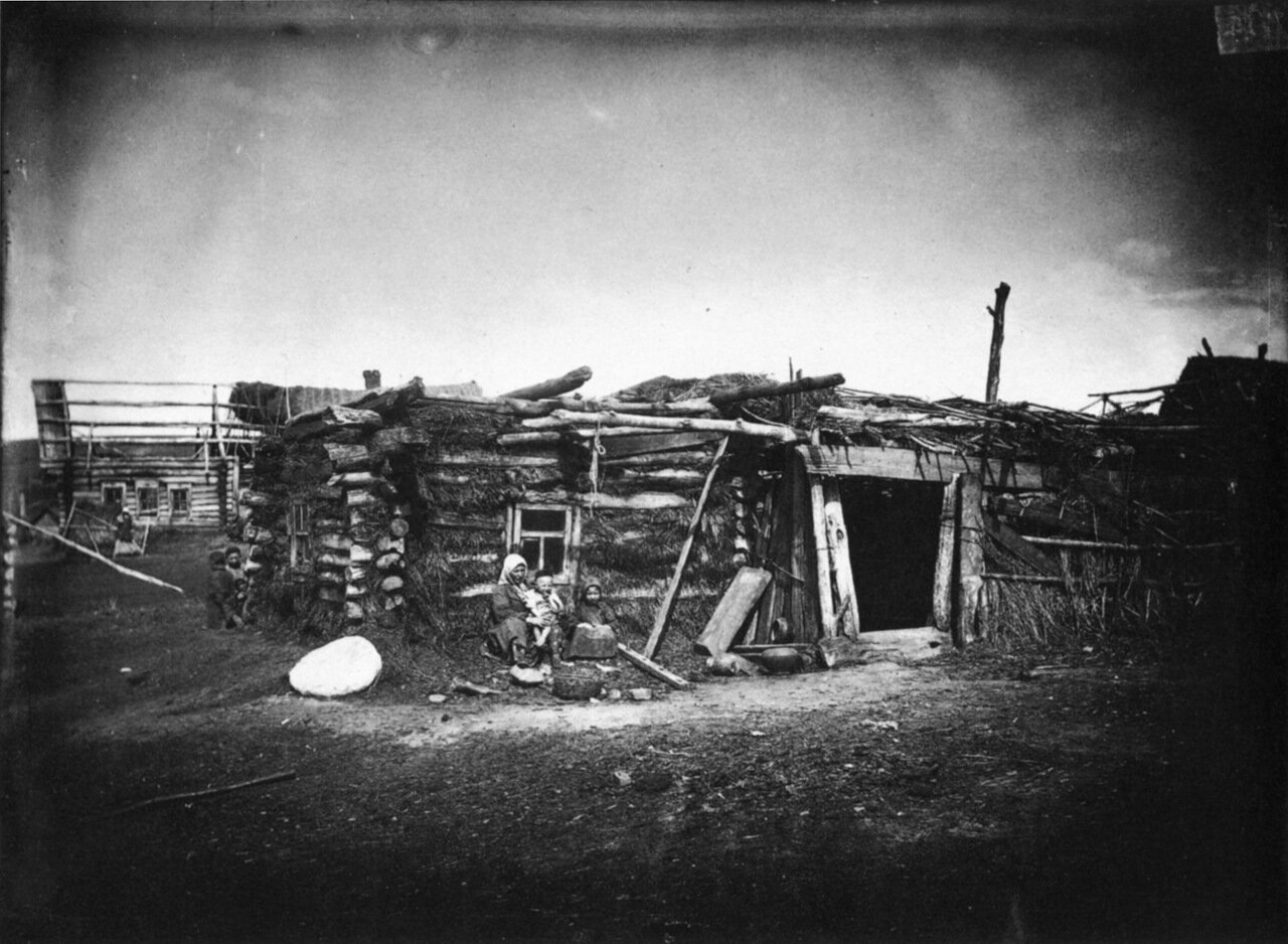 Изба татарина Тарипджанова в деревне Кадомке Сергачского уезда.