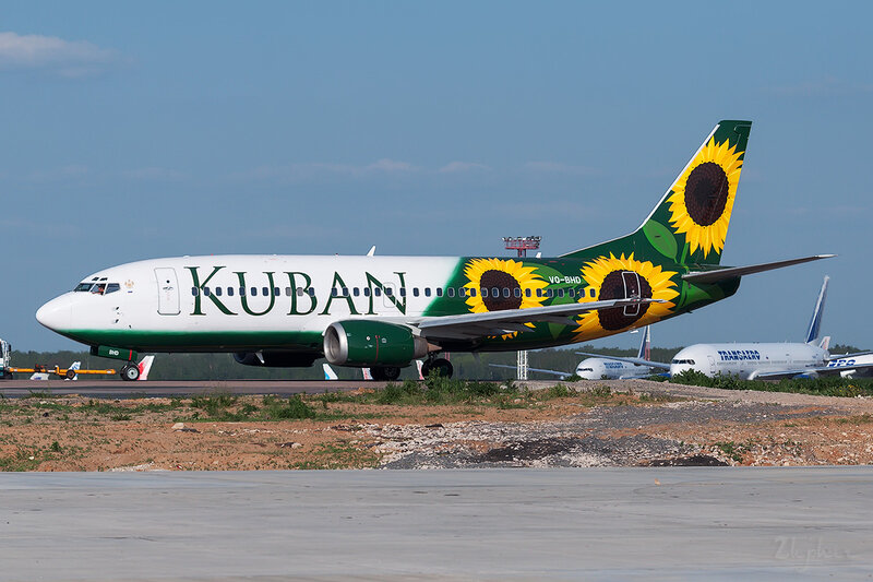 Boeing 737-3Q8 (VQ-BHD) Kuban DSC0373