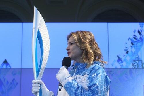 Факел на олимпийских играх в Сочи - 2014 похож на этикетку водки