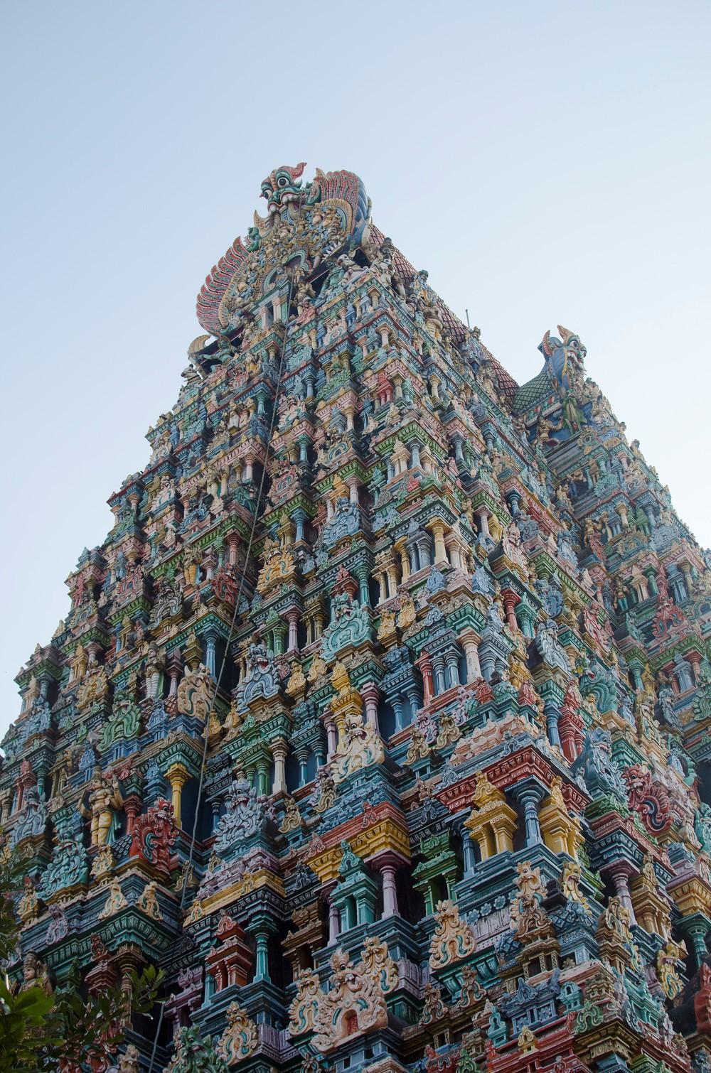 Восхитительный храм Минакши в Индии