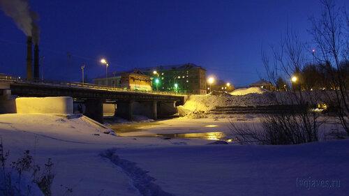 Фотография Инты №3311  Западная сторона моста