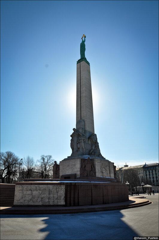 http://img-fotki.yandex.ru/get/5637/28804908.148/0_94a65_259ba72e_XL.jpg