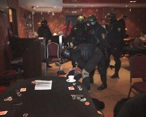 В столице Приморья спецназ штурмовал подпольное казино