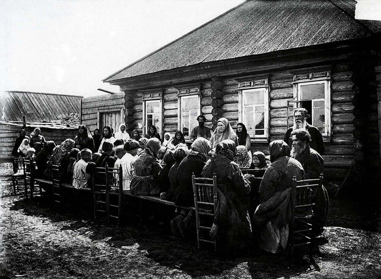 Народная столовая в селе Большом Мурашкине Княгининского уезда.