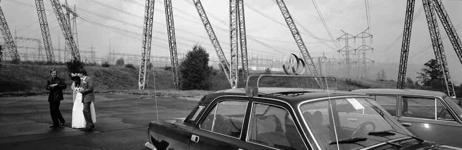 Молодожены на Братской ГЭС в 1989 году