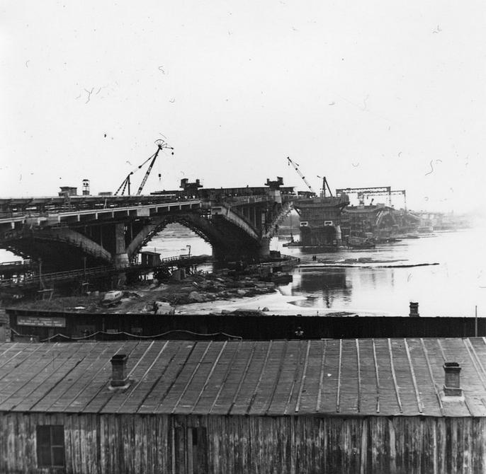 1965.06. Строительство моста метро. Фото: Примаченко А.
