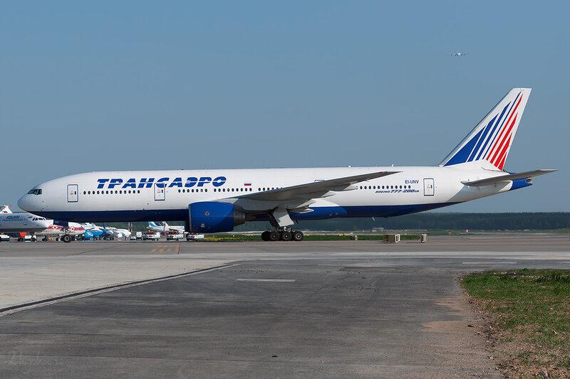 Boeing 777-222\ER (EI-UNV) Трансаэро DSC0390