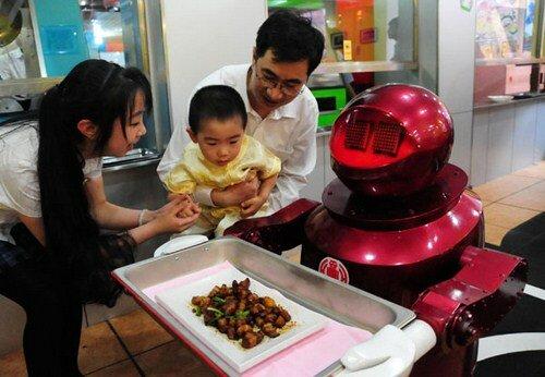 Роботы в ресторане