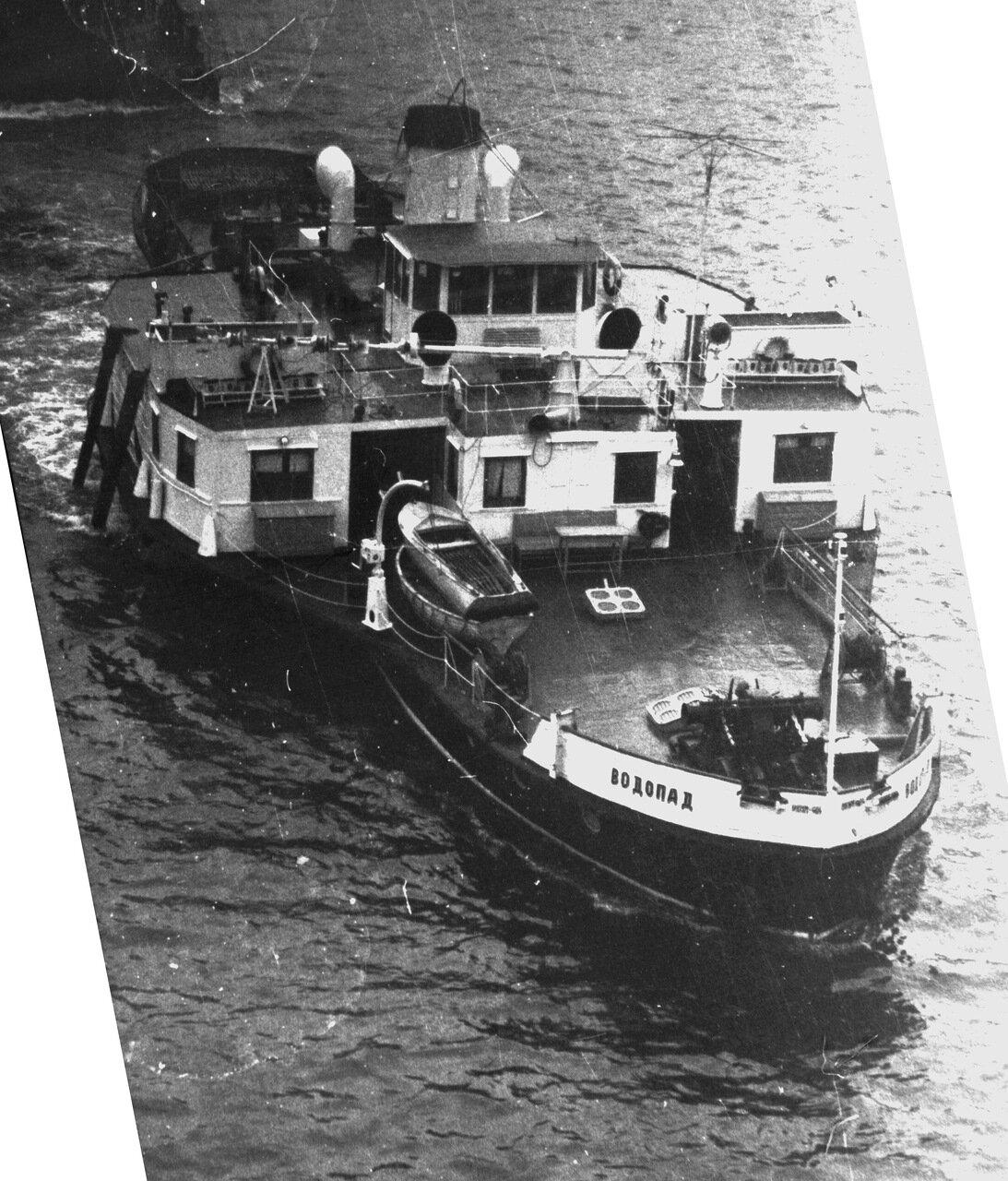 пароходы на волге на