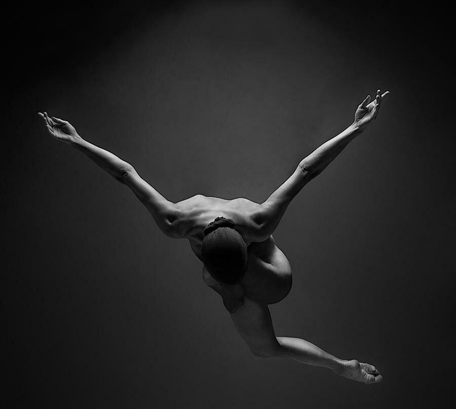 Голая в балете