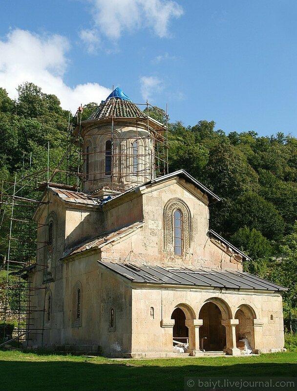 Церковь св. Георгия в Гелати