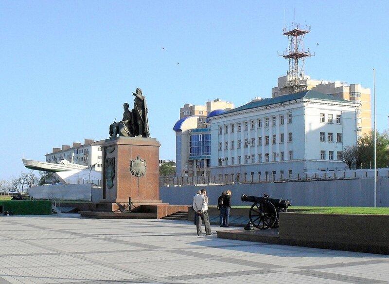 Новороссийск, набережная, Черноморское побережье, апрель 2010