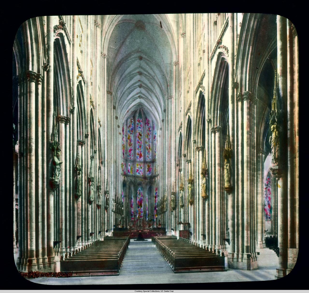 Кельнский собор. Вид алтарной преграды