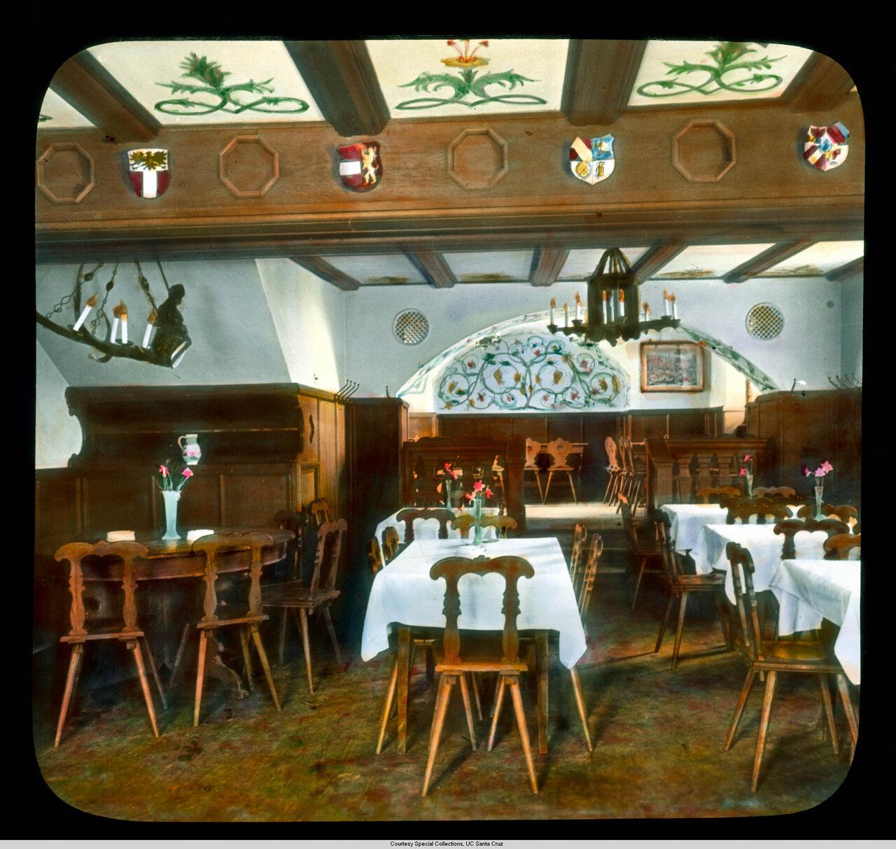 Гейдельберг. Отель Hirschgasse. Ресторан отеля