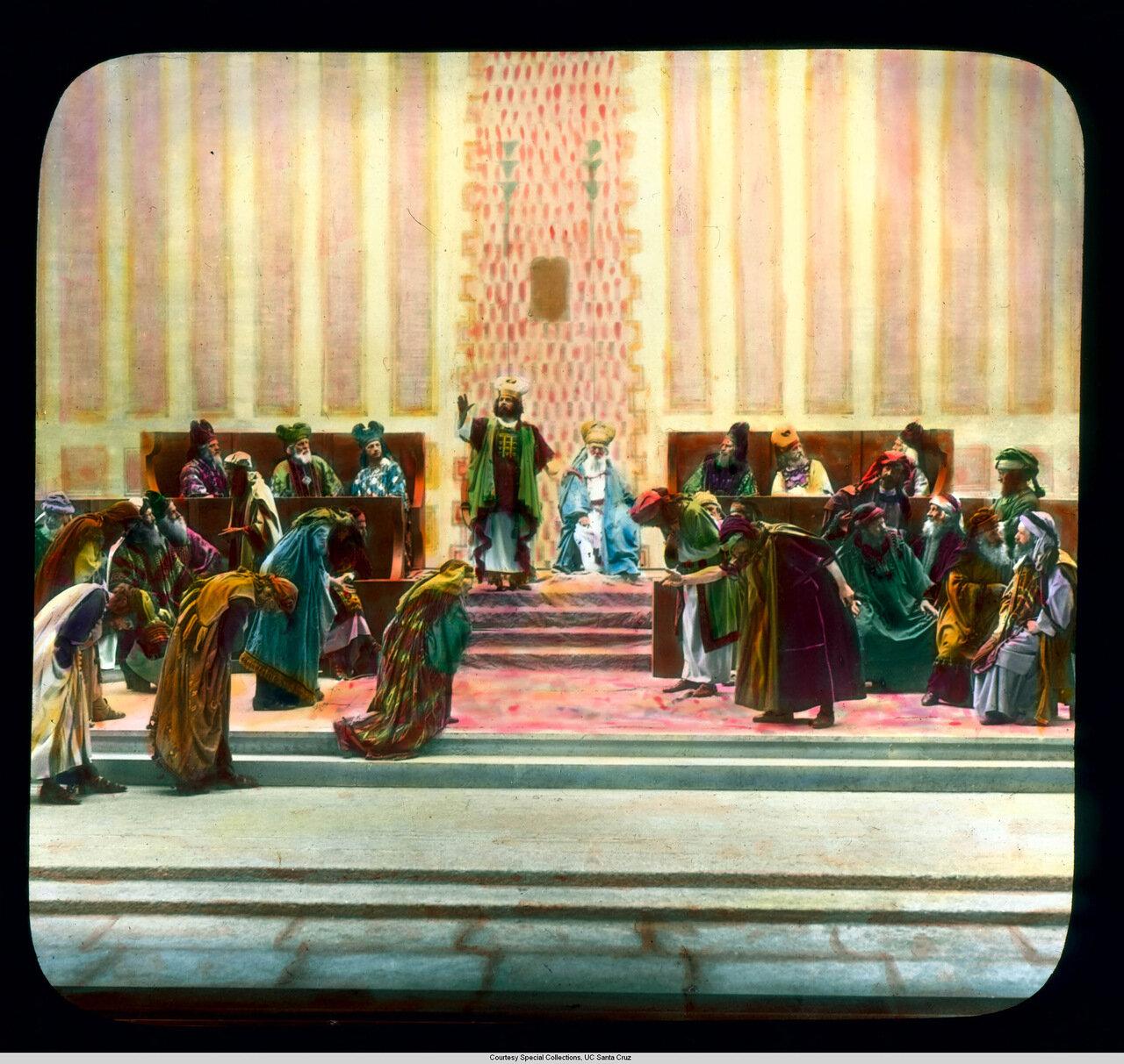 Обераммергау. Страсти Христовы. Каиафа и высшее священство в сцене из пьесы 1930