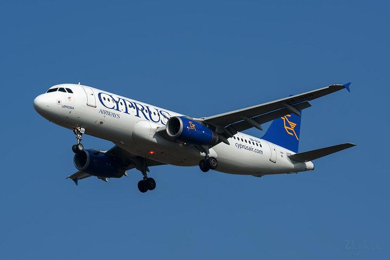 Airbus A320-232 (5B-DCH) Cyprus DSC6616