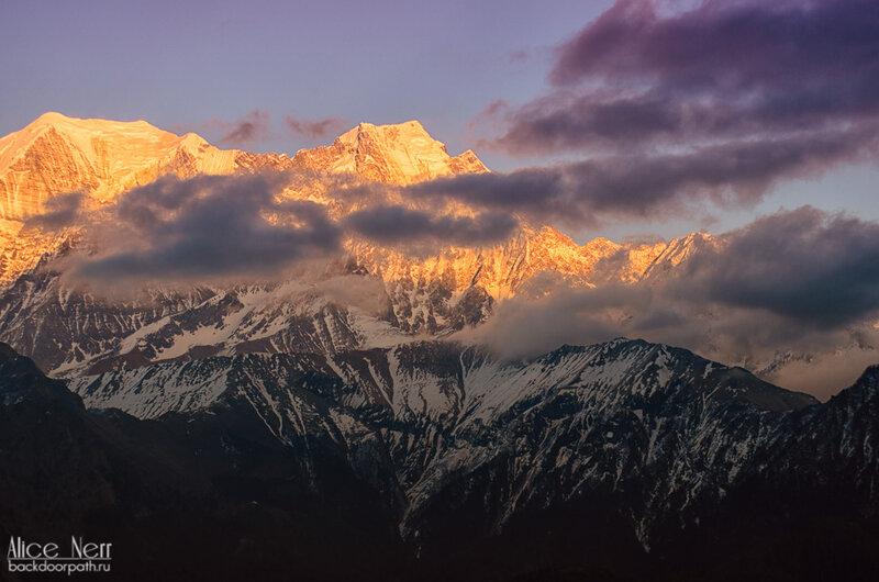 закат в горах, фиолетовое небо, гималаи, непал
