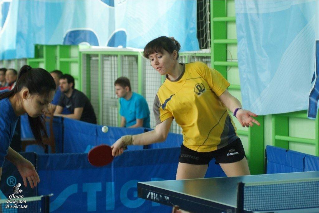 Чемпионка Ижевска 2013 года по настольному теннису среди женщин Ярославна Новикова
