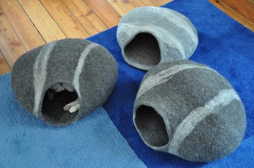 Кошкин дом из войлока