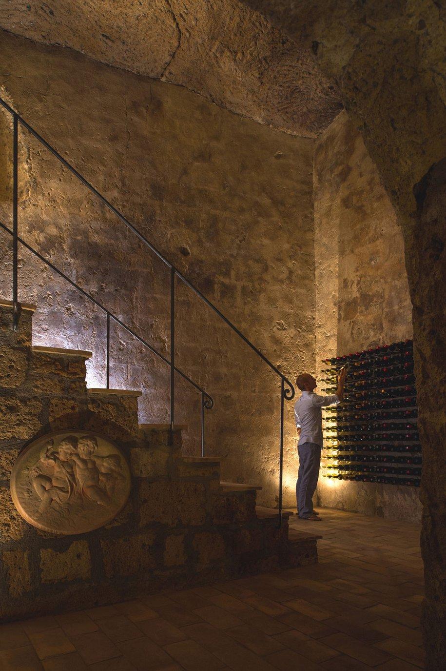 Domus Civita - постройка 14 века в современном исполнении