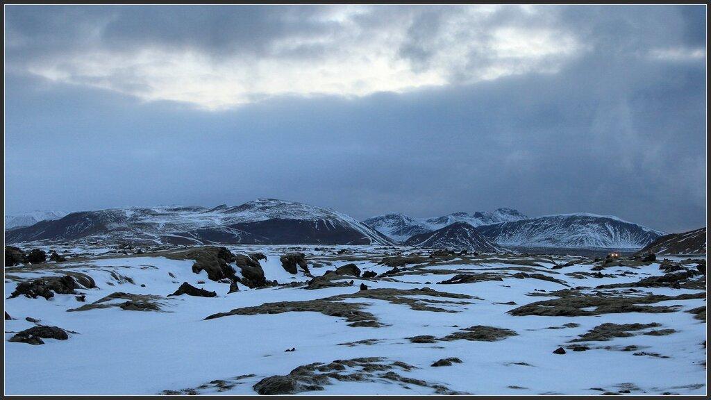 130425_2577_snow_lava