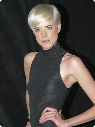 Стрижки на короткие волосы для женщин фото