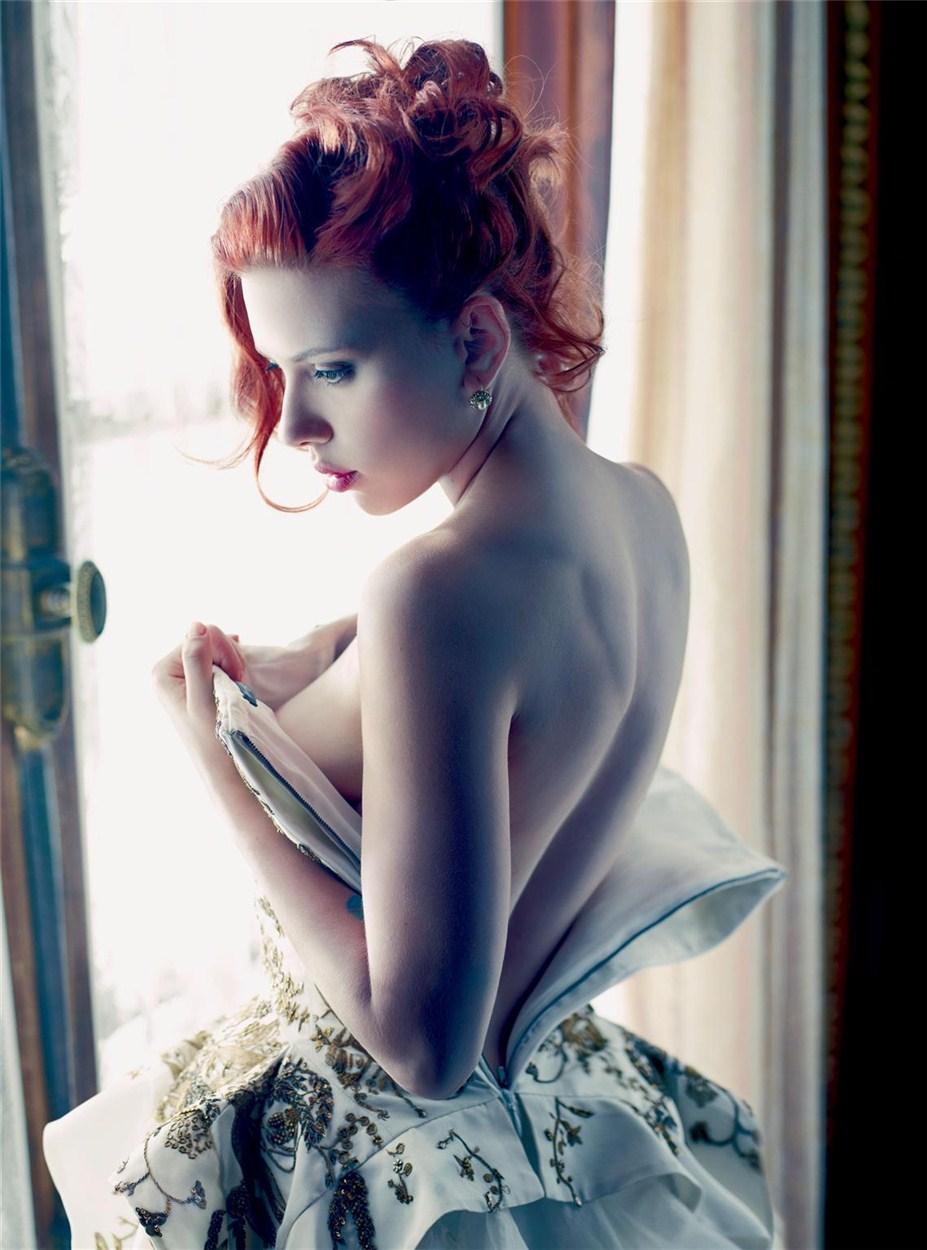 Scarlett Johansson by Mario Sorrenti / Скарлетт Йоханссон в журнале Vanity Fair, декабрь 2011